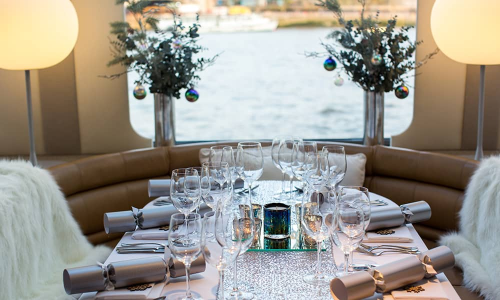 Dinner on the Thames Christmas Party