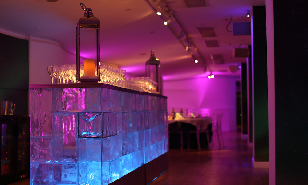 OXO2 Ice Bar